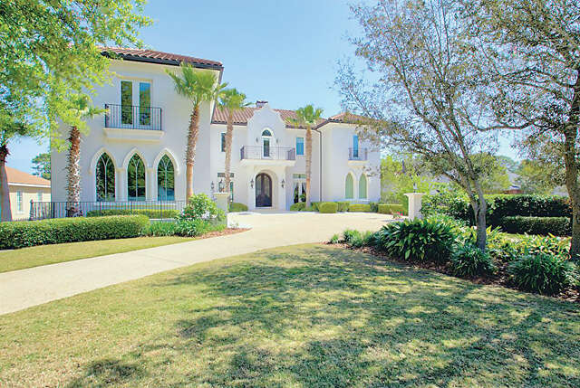 Single Family for Sale at 130 W Country Club Drive Destin, Florida 32541 United States