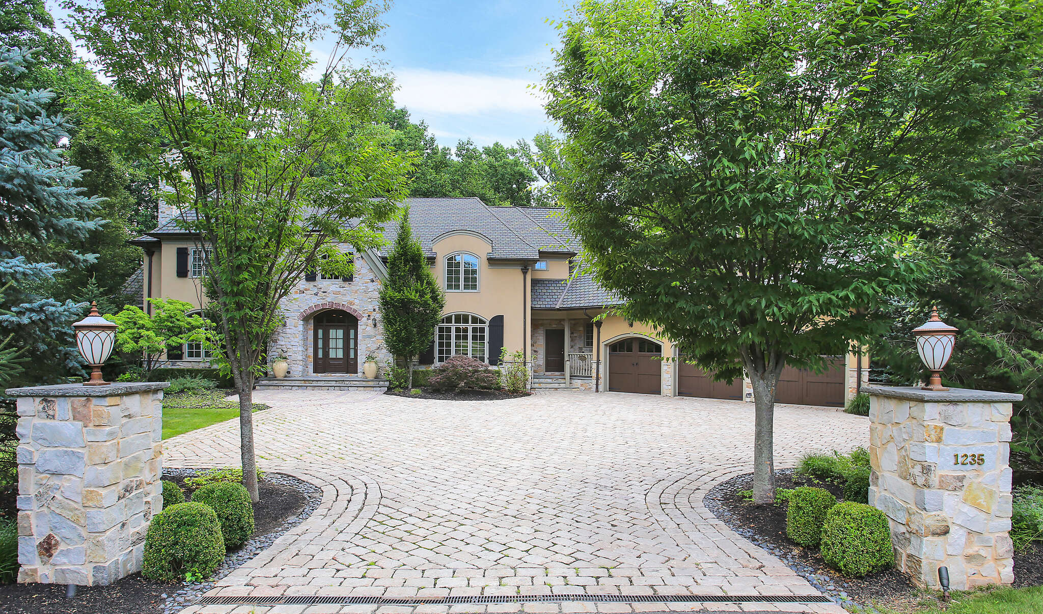 Single Family for Sale at 1235 Cooper Road Scotch Plains, New Jersey 07076 United States