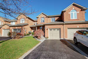 Featured Property in Burlington, ON L7M 4J1