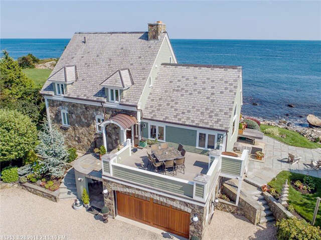Single Family for Sale at 327 Shore Rd York, Maine 03909 United States