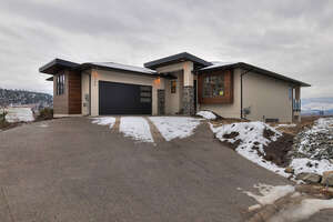 Featured Property in Kelowna, BC V1Y 4G2