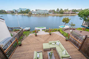 Featured Property in Redwood City, CA 94065