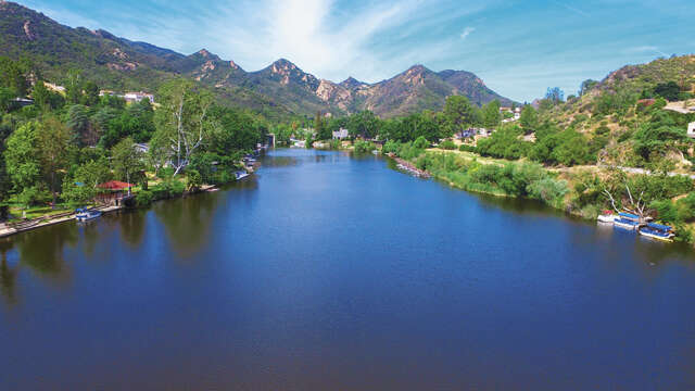 Single Family for Sale at 29120 S Lakeshore Dr Agoura, California 91301 United States