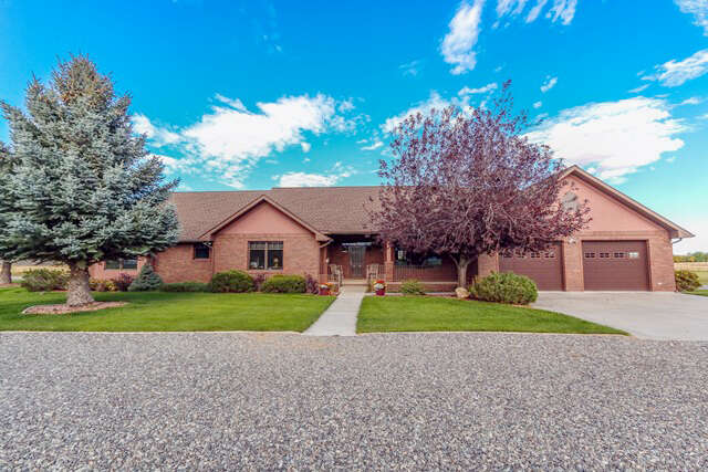 Single Family for Sale at 8 Winhof Ln Cody, Wyoming 82414 United States