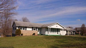 Featured Property in Masontown, WV 26542