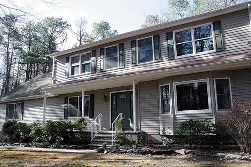 Single Family for Sale at 20 Millers Mill Road Cream Ridge, New Jersey 08514 United States