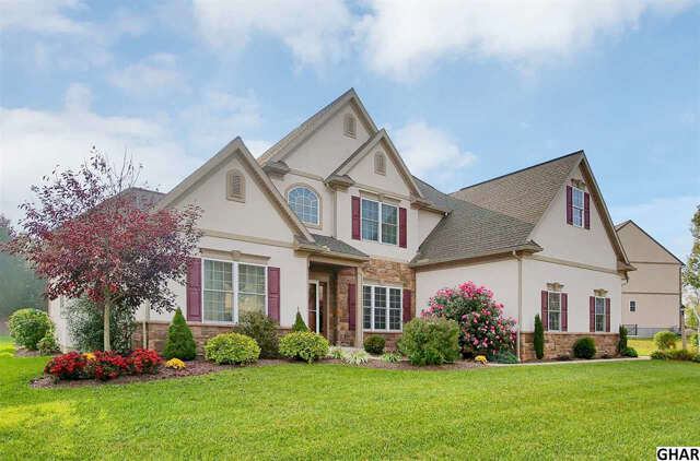 Single Family for Sale at 26 Springdale Way Mechanicsburg, Pennsylvania 17050 United States