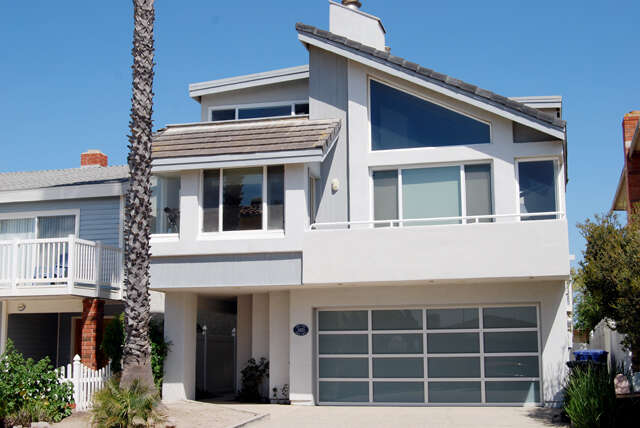 Single Family for Sale at 3420 Ocean Drive Oxnard, California 93035 United States
