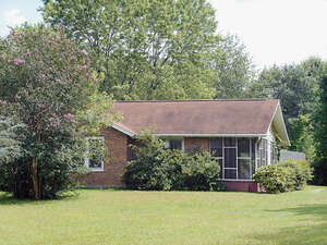 Featured Property in Landrum, SC 29356