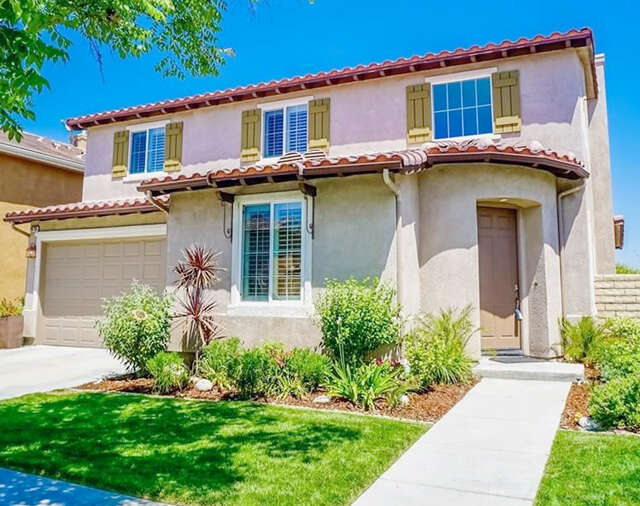 Single Family for Sale at 19735 Ellis Henry Ct Newhall, California 91321 United States