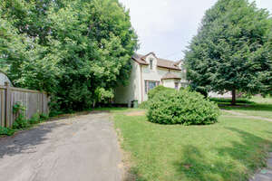 Featured Property in Hamilton, ON L8S 3A5