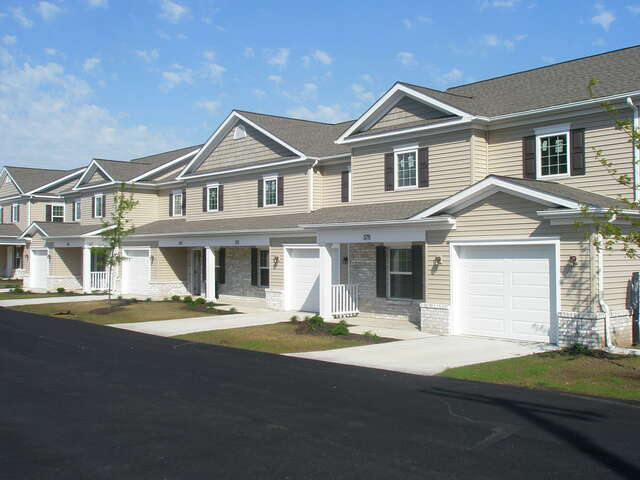 Apartmentrental Complex For Rent At 19th And Parade St Erie Pa