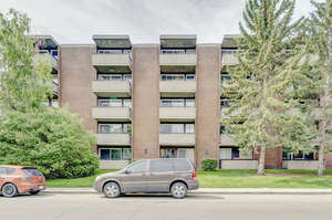 Featured Property in Calgary, AB T2T 0H8