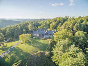 Featured Property in Sharon, VT 05065