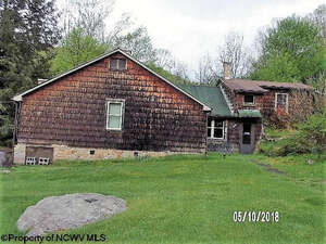 Featured Property in Rock Cave, WV 26234