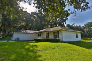 Featured Property in Belleview, FL 34420