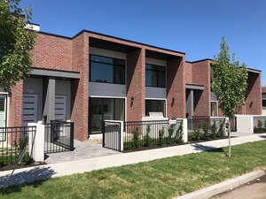 Featured Property in Kelowna, BC V1Y 9W8