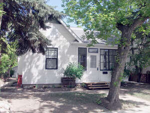 Featured Property in Moose Jaw, SK S6H 5C7