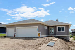 Featured Property in Stony Plain, AB T0E 0L0