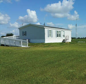 Featured Property in Frostproof, FL 33843