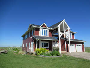 Featured Property in Olds, AB T4H 1T8