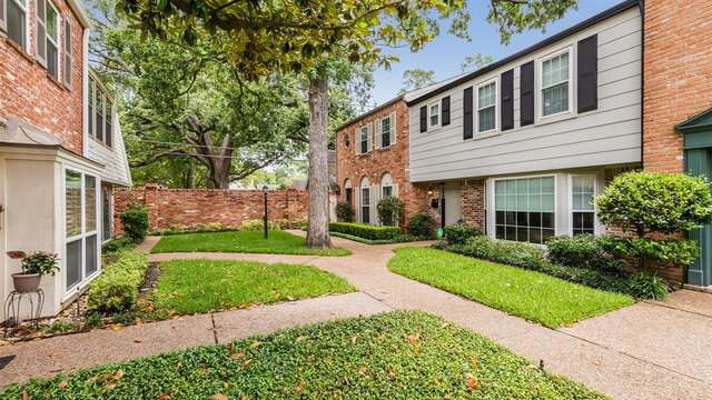 Featured Property in HOUSTON, TX, 77024