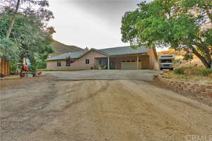 Featured Property in Creston, CA 93432