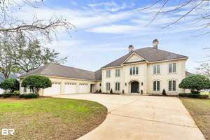 Homes for Sale in Mobile County, AL | Homes & Land ®