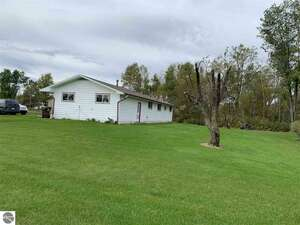 Real Estate for Sale, ListingId: 61412944, Rhodes MI  48652