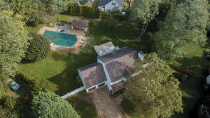 Featured Property in Aquebogue, NY 11931