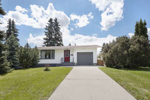 Featured Property in Edmonton, AB T5R 4J7