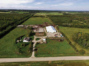 Featured Property in Drayton Valley, AB T7A 1R9