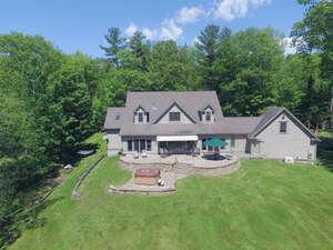 Featured Property in Waterford, VT 05819