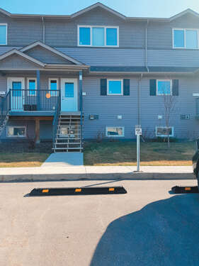 Featured Property in Saskatoon, SK S7S 1N1