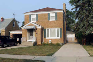 Featured Property in North Riverside, IL 60546
