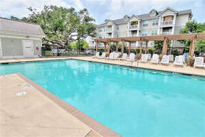 Featured Property in Charleston, SC 29414