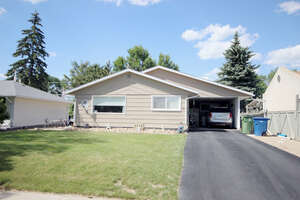 Featured Property in Moose Jaw, SK S6H 2Z7