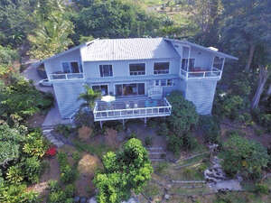Featured Property in Captain Cook, HI 96704