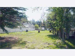Featured Property in Alberta Beach, AB T0E 0A0