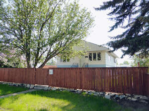 Featured Property in Moose Jaw, SK S6H 1N2