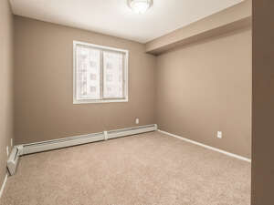 Featured Property in Calgary, AB T2Y 0H8
