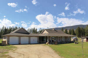 Featured Property in Armstrong, BC V0E 1B4
