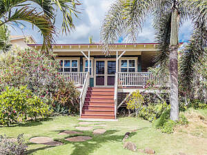 Featured Property in Kekaha, HI 96752