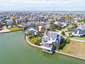 Real Estate for Sale, ListingId: 39416090, Tiki Island, TX  77554