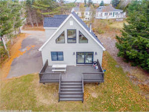 Featured Property in Winthrop, ME 04364