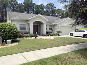 Featured Property in Lynn Haven, FL 32444