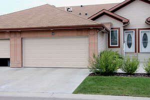 Featured Property in Edmonton, AB T6T 0K7