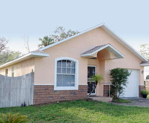 Featured Property in Holly Hill, FL 32117