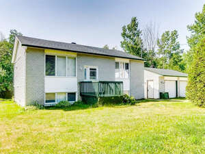 Featured Property in Cantley, QC J8V 2W9