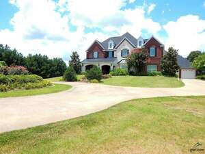 Featured Property in Jacksonville, TX 75766
